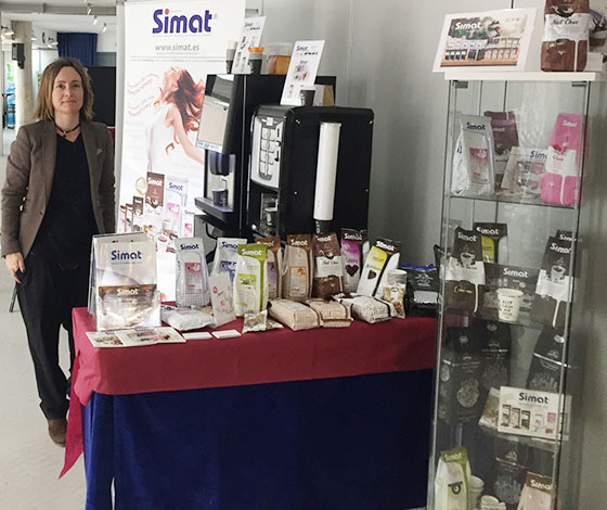 Simat en el showroom de la ACV